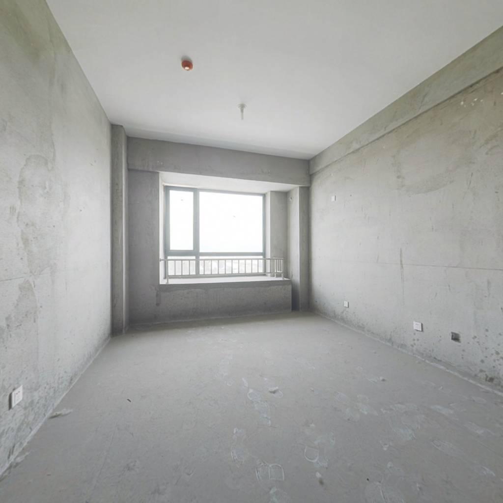 公寓房6楼独立卫生间厨房东向房主着急出售