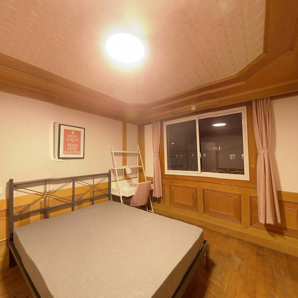合租·玉兰三村 4室1厅 南卧室图