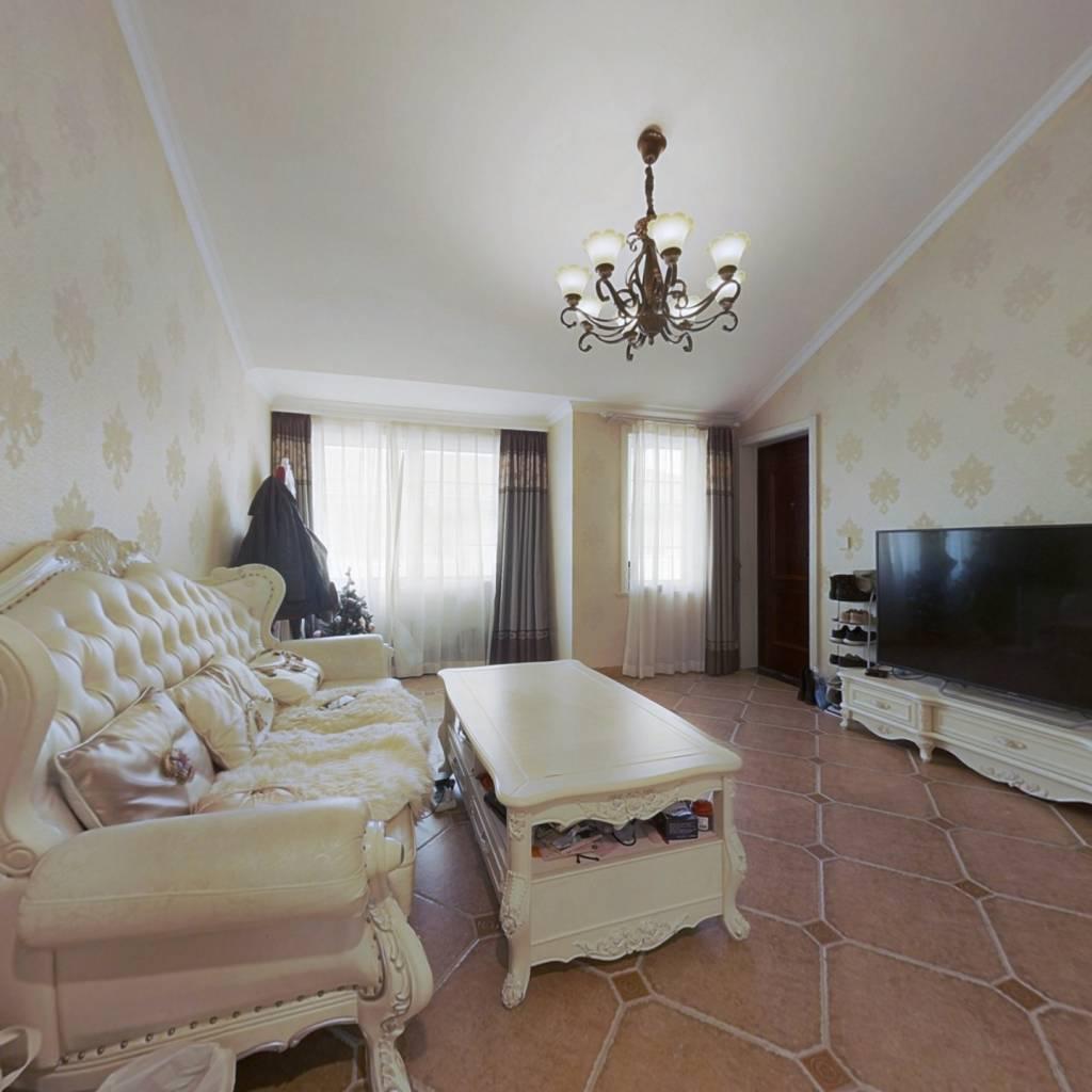 婚房精装, 全层覆盖地暖,品牌空调,厨居较新
