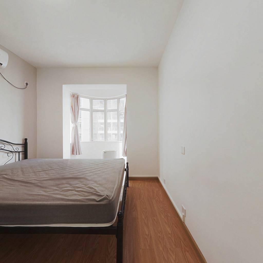 合租·玮鹏花园 3室1厅 北卧室图