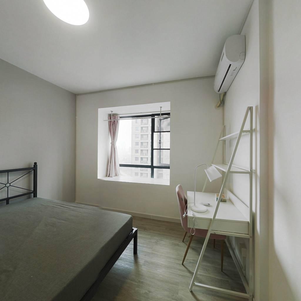 合租·长投海德公园 5室1厅 南卧室图