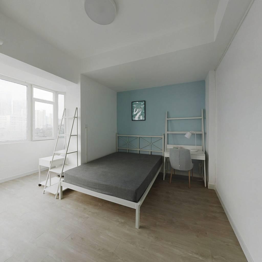 合租·光华大厦 3室1厅 东卧室图