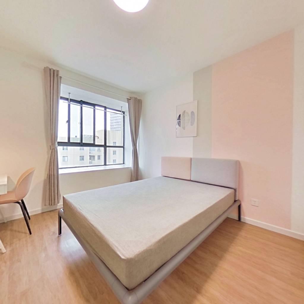 合租·馨佳园(韶山路245弄) 3室1厅 南卧室图