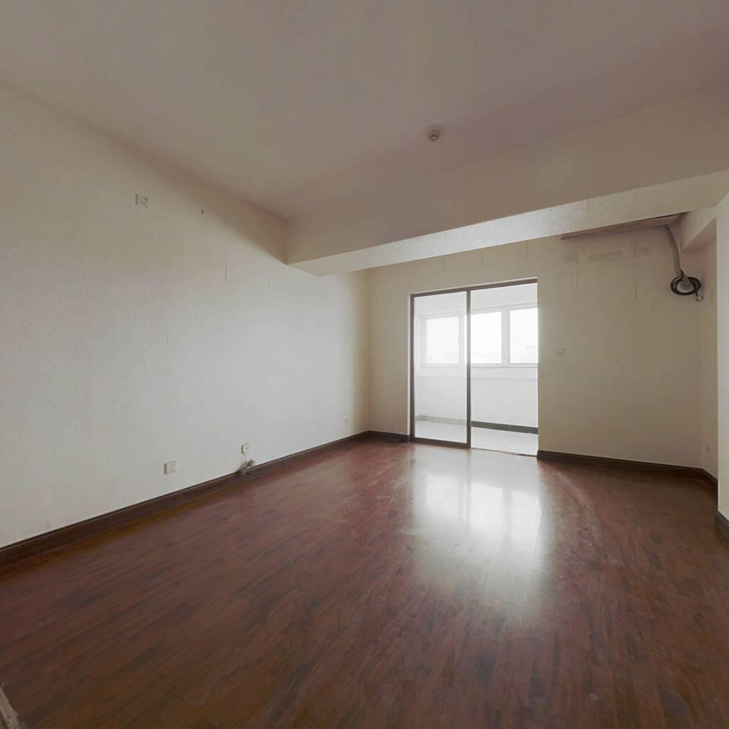 北园大街50年产权公寓 低总价可贷款