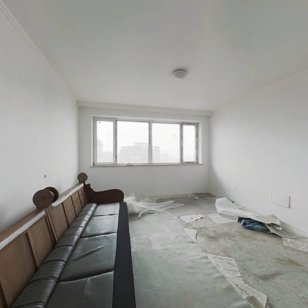 新南站 奥园国际城 配套齐全 房主着急卖 面积大价格低