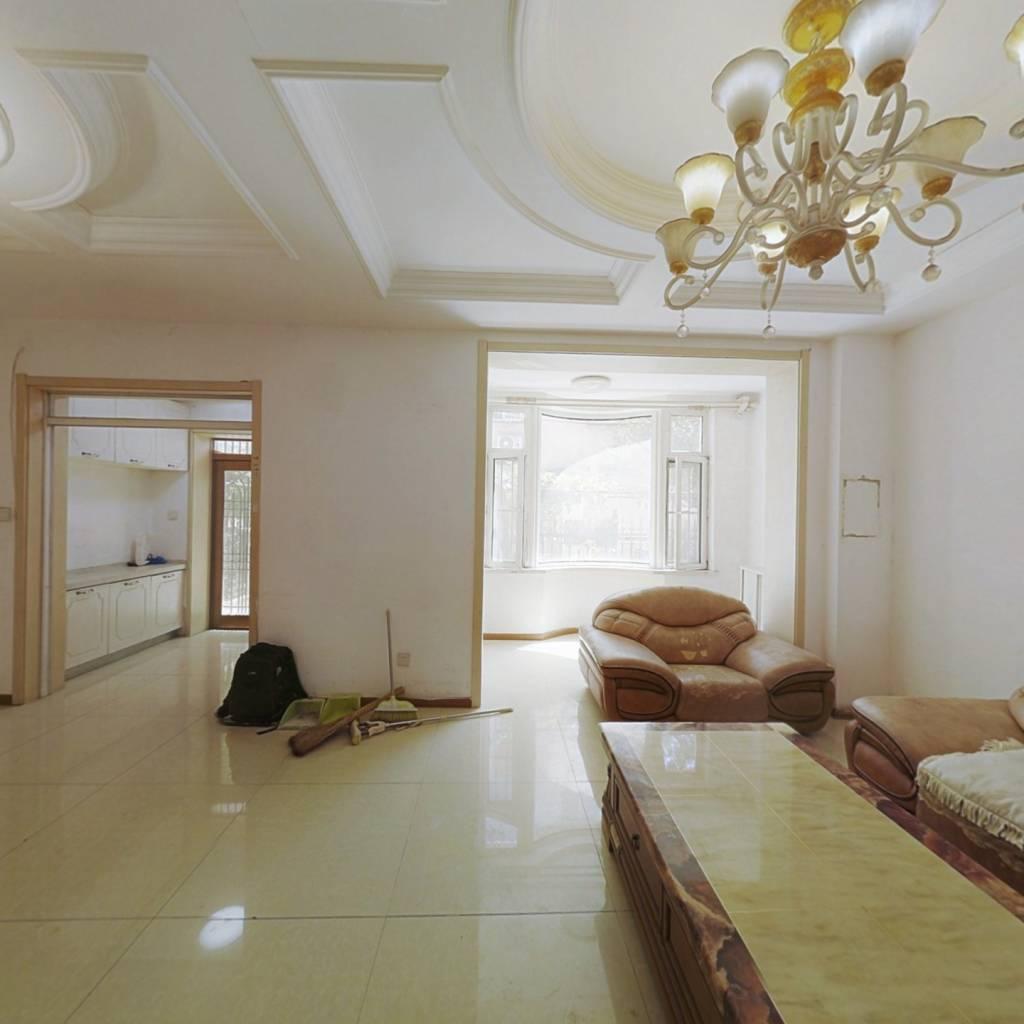 丁香湖 长城名苑 面积500平 二环旁三层联排别墅