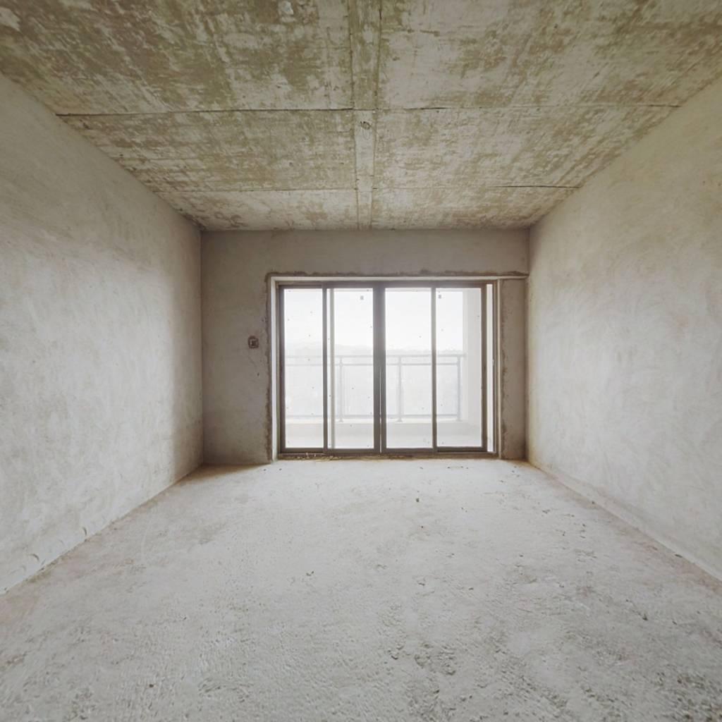 环境优美 看房方便 临深区 地段好
