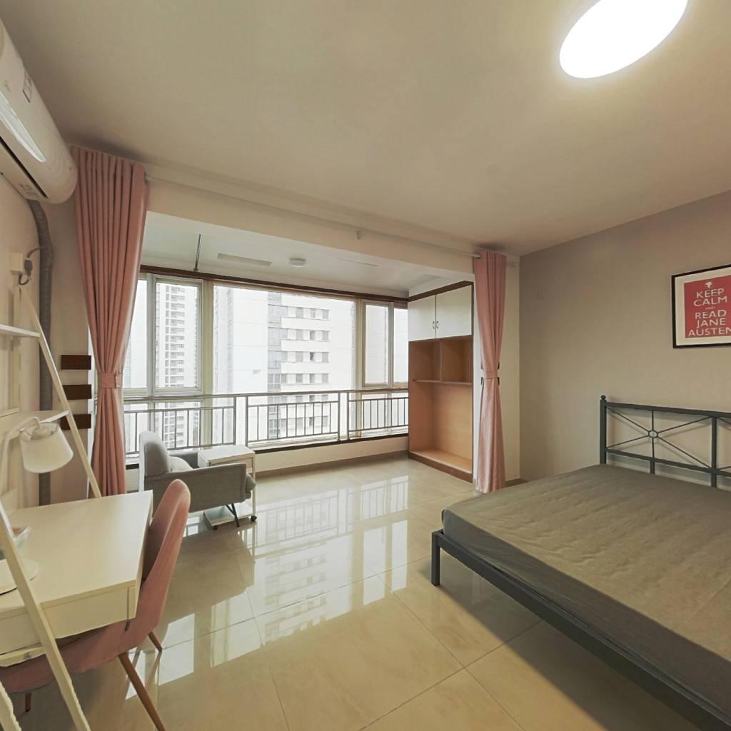 合租·朝阳名宅 3室1厅 西南卧室图