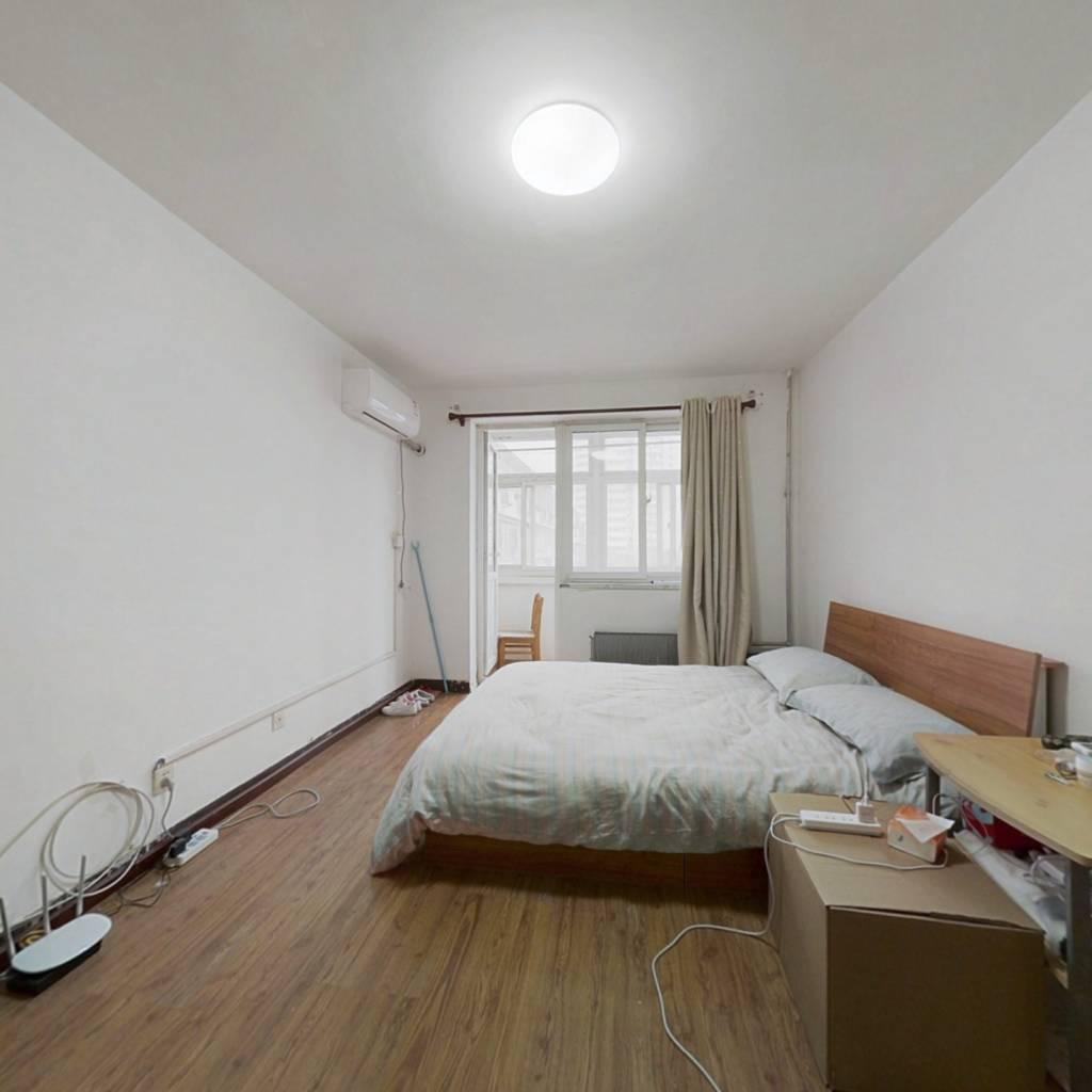 志新村 1室1厅 430万
