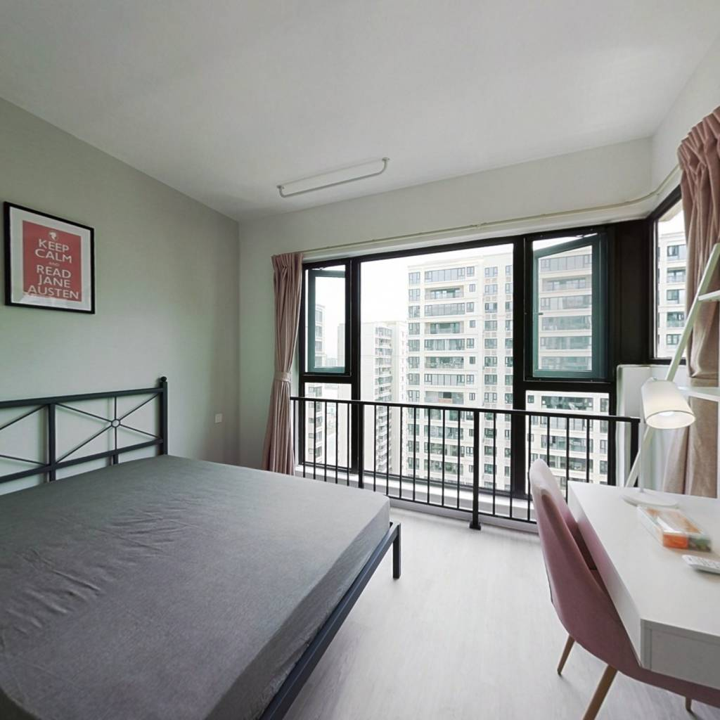 合租·融创观玺台花园 5室1厅 西卧室图