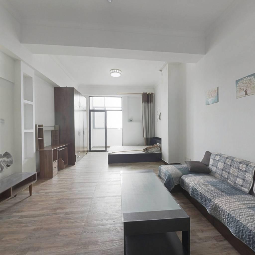 贵阳高铁北站正对的房子 适合刚需 总价27万