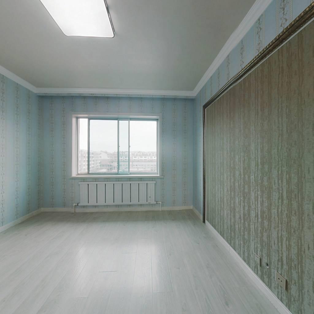 急售孛兰小区新装修婚房超实惠86平仅售28万