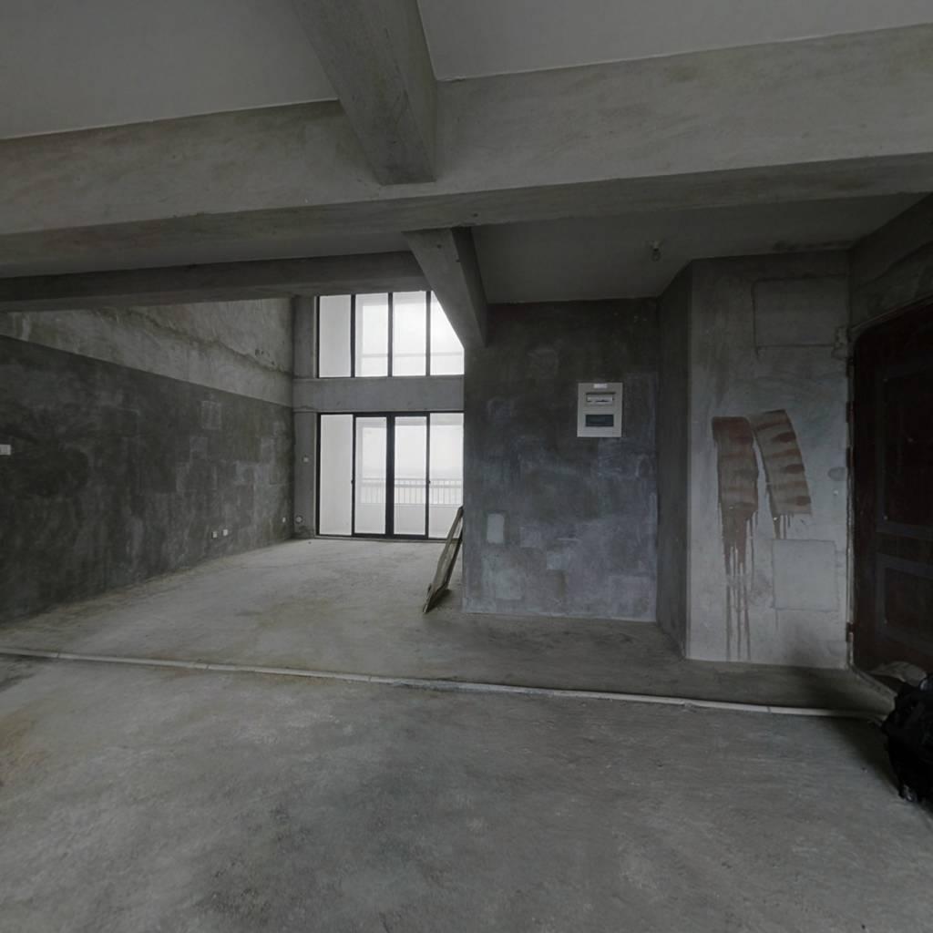 中澳城大面积楼中楼格局方正南北通透前后无遮挡