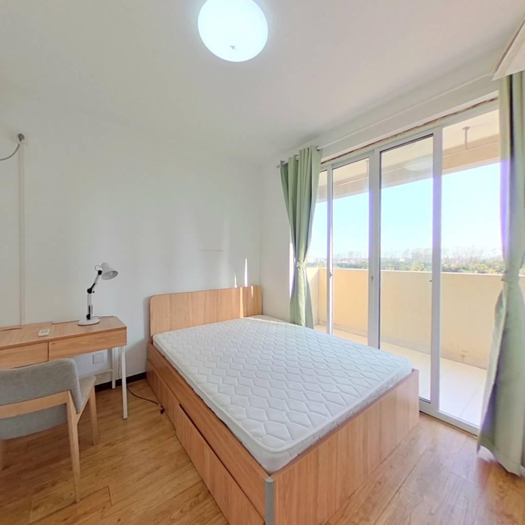 整租·三林新村(永泰路468弄) 2室1厅 南卧室图