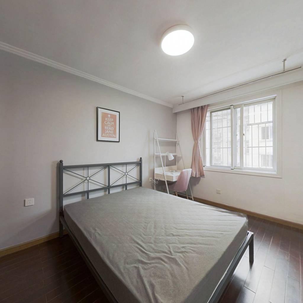 合租·安吉路 4室1厅 北卧室图