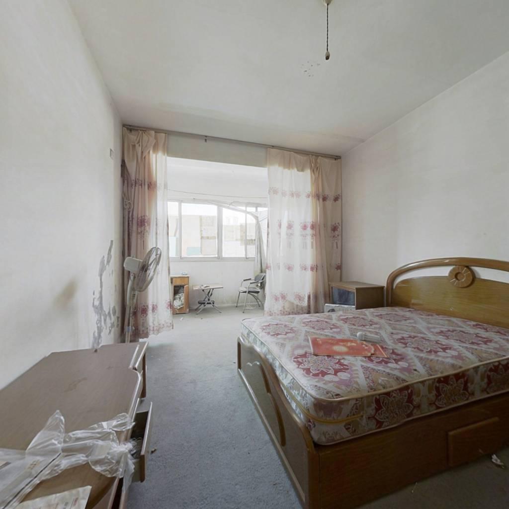 楼顶带私人花园 西华枫林 大户型 居住舒适 改造性强
