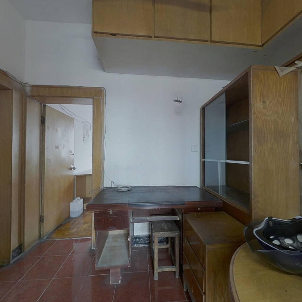 尹江岸社区,南塘老街旁,小平方两室,刚需好房