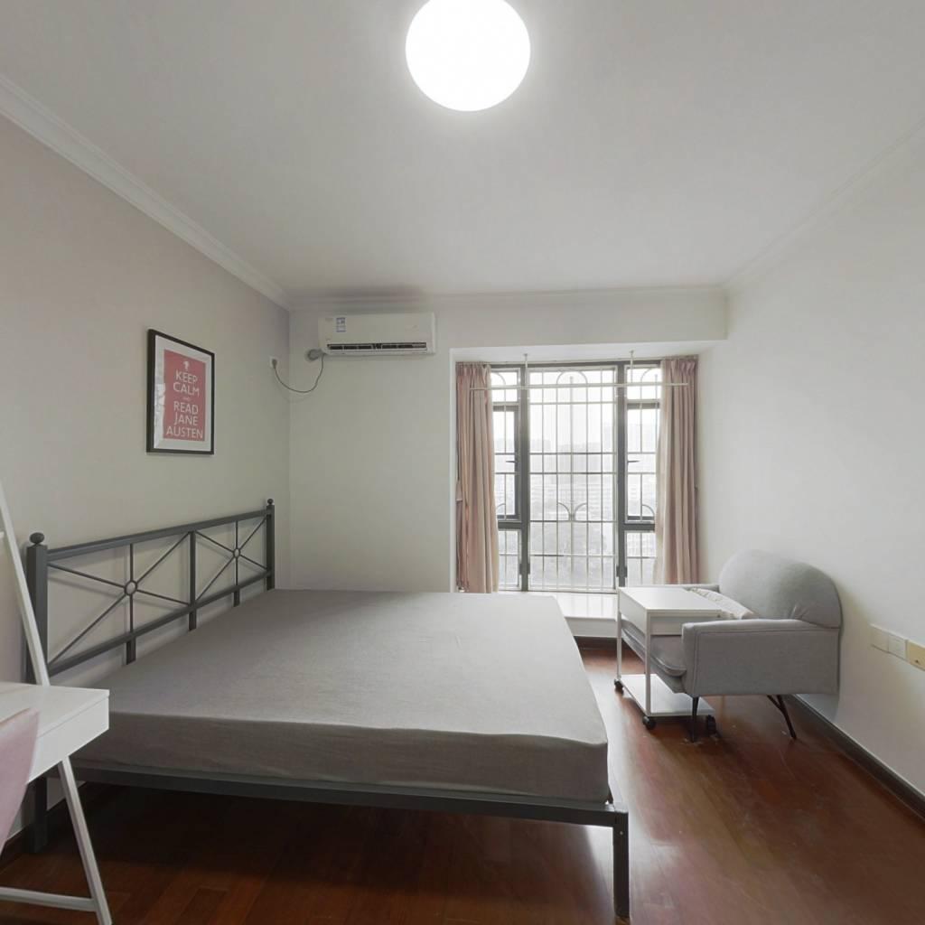 合租·珠江俊园 5室1厅 东卧室图