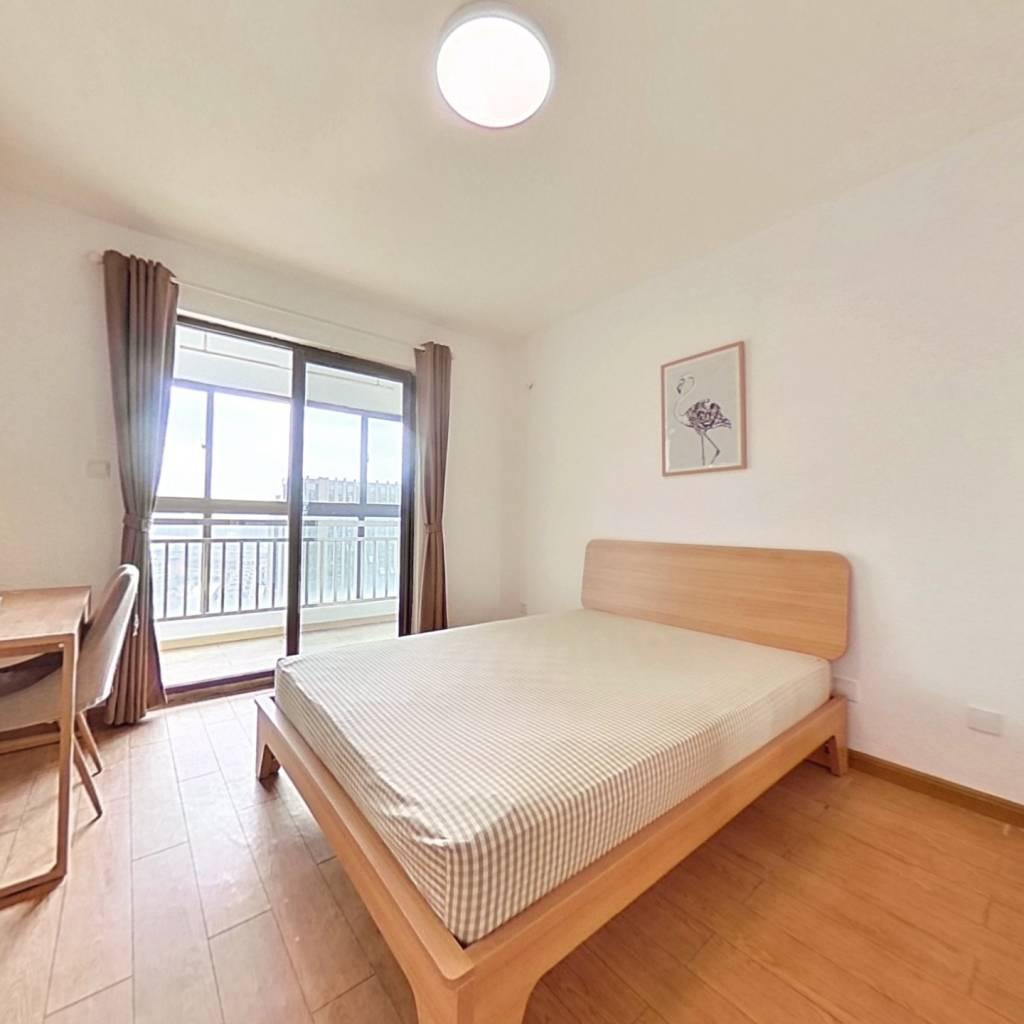 合租·泰翔嘉苑 4室1厅 南卧室图