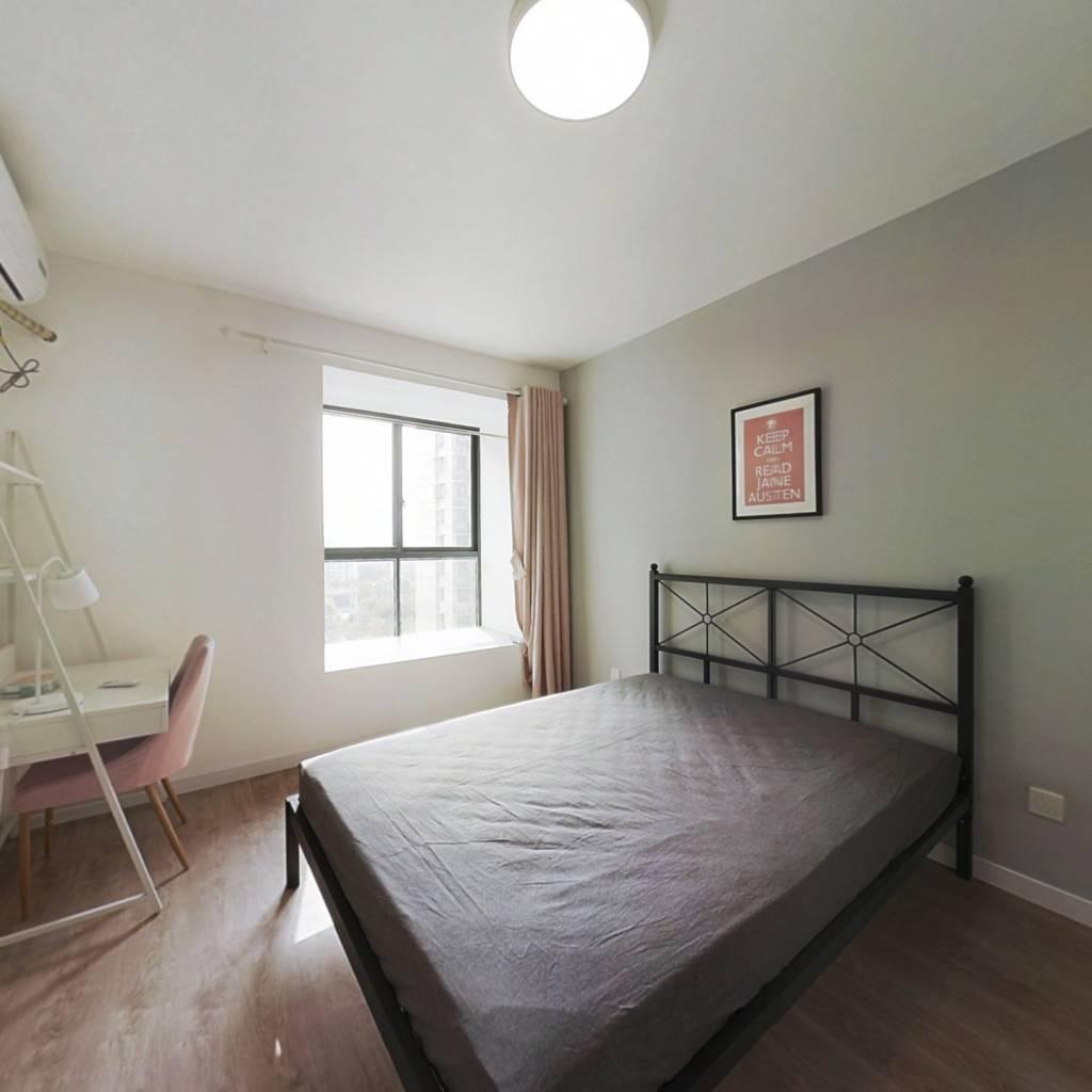 合租·紫杨佳园 4室1厅 南卧室图