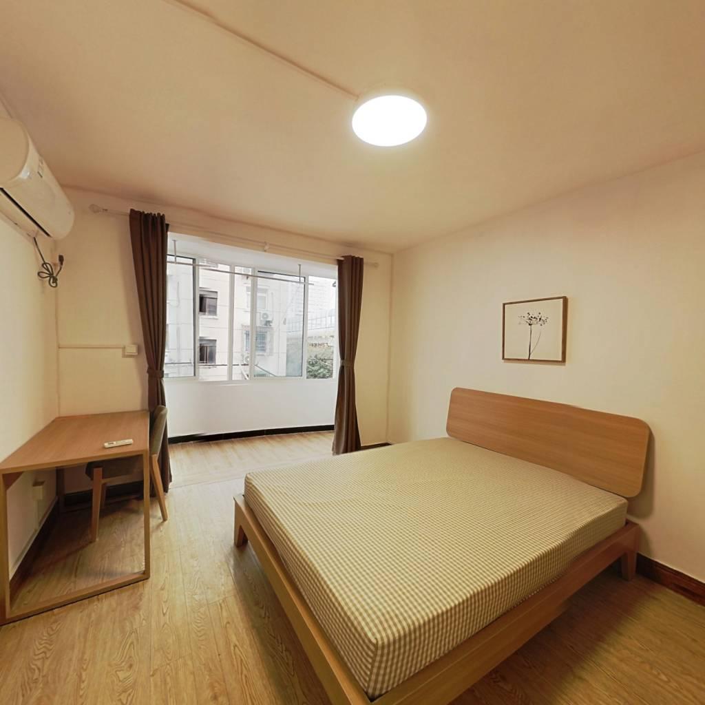 整租·梅六小区 2室1厅 南卧室图