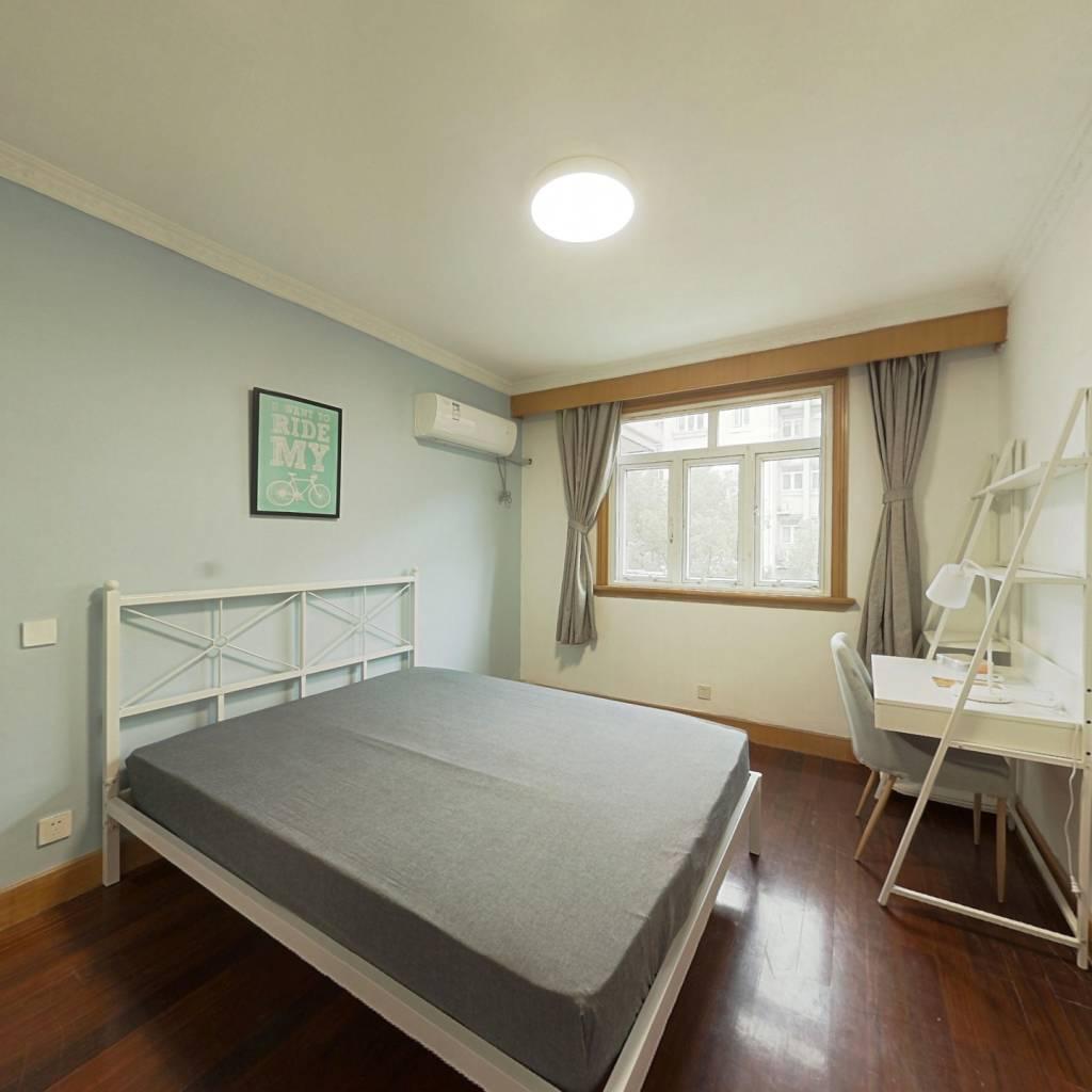 合租·春岚苑 4室1厅 南卧室图