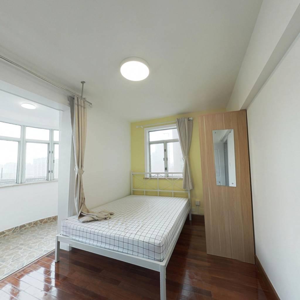 合租·新华苑 4室1厅 南卧室图