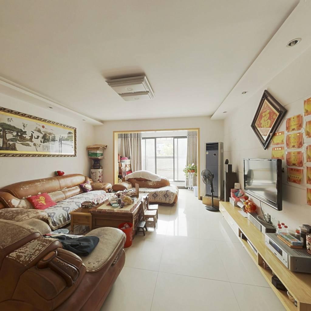 河西商学院 馨香雅苑 周正三房  客厅阳台带露台