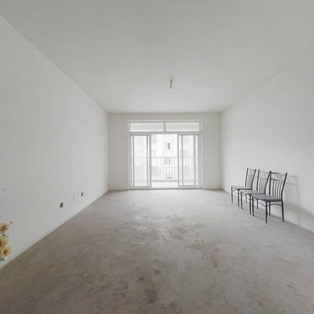 空港新苑  2室2厅1卫  毛坯 中间楼层