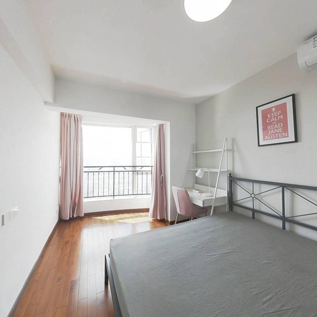 合租·晓港湾 4室1厅 西南卧室图