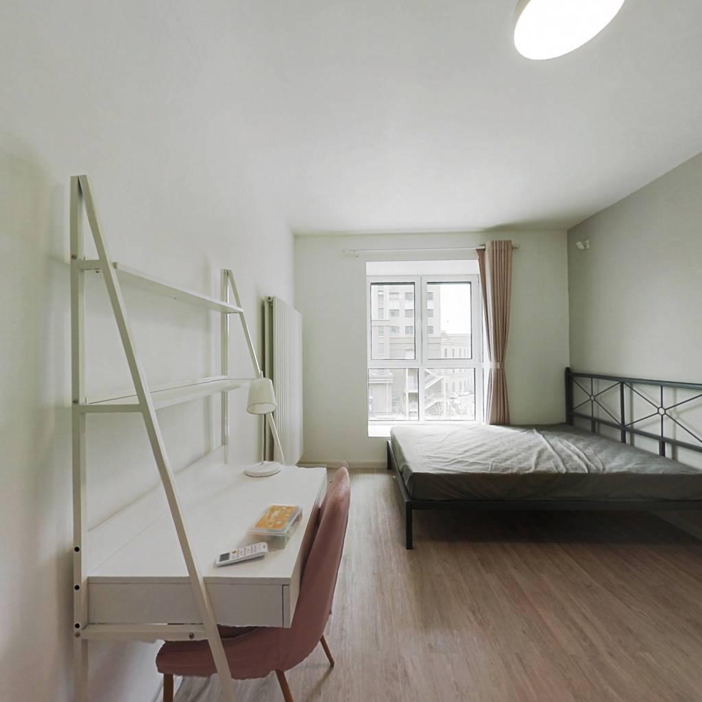 合租·海雅园南区 3室1厅 西南卧室图