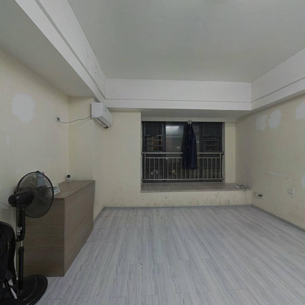 CRD公寓,可看江,总价低,租住两宜