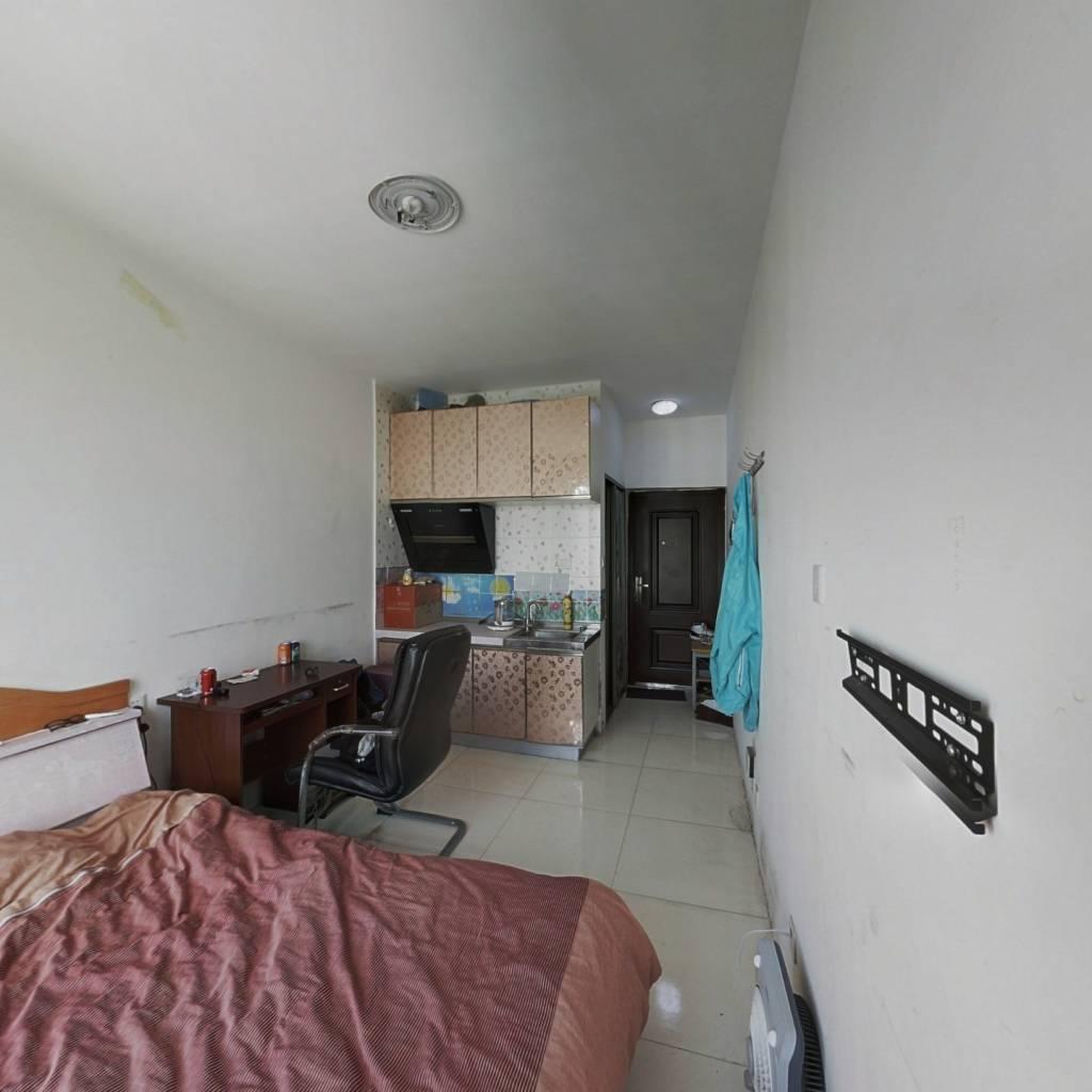 文华街三号院 1室0厅 北