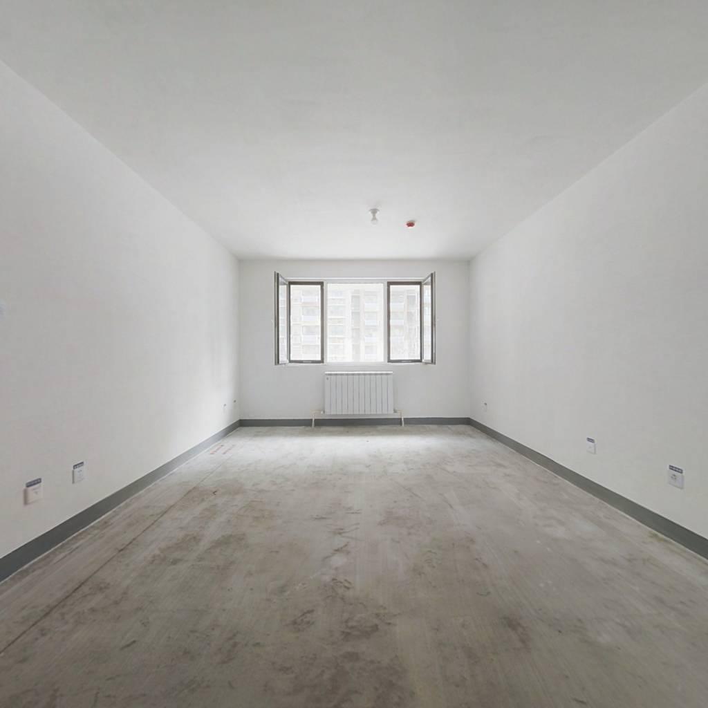 和平大院 3室2厅 南 北