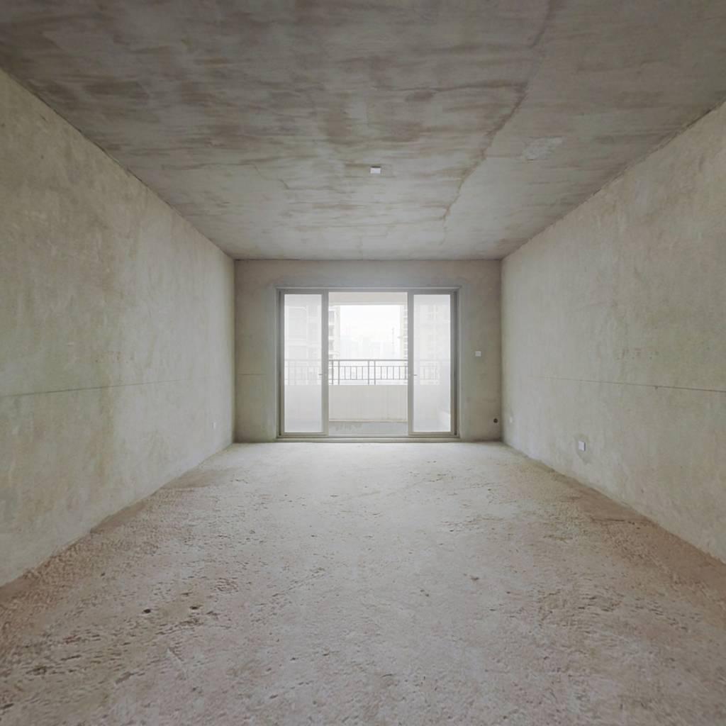 万达茂·御江国际 6室2厅 南