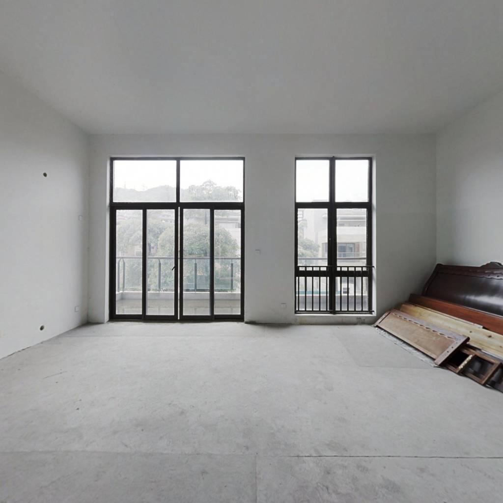 广州星河丹堤 6室3厅 1025万