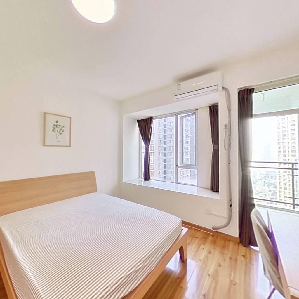 合租·镏金岁月 4室1厅 西卧室图