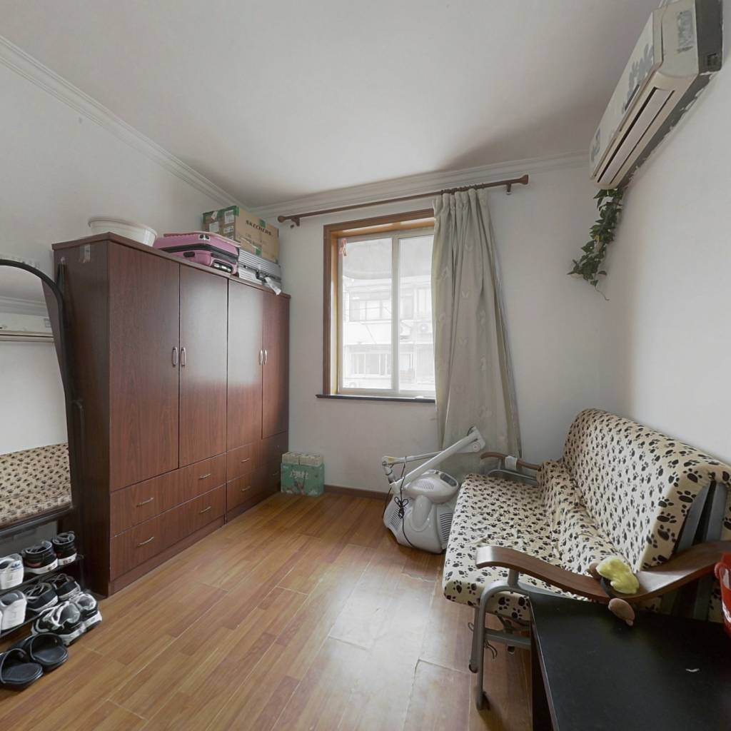 内环内 精装修 总价低 楼层佳 看房方便 诚意出售