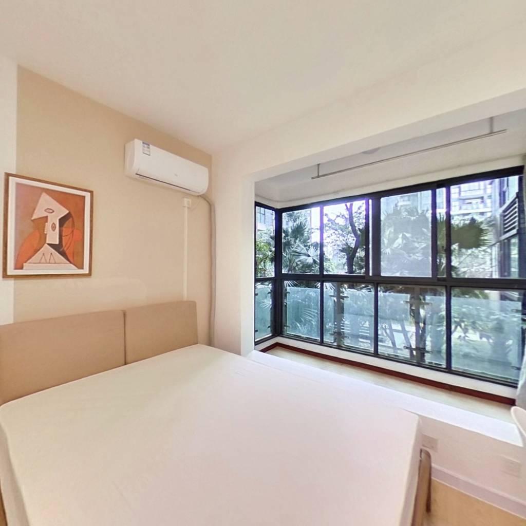 合租·戛纳湾滨江 5室1厅 南卧室图