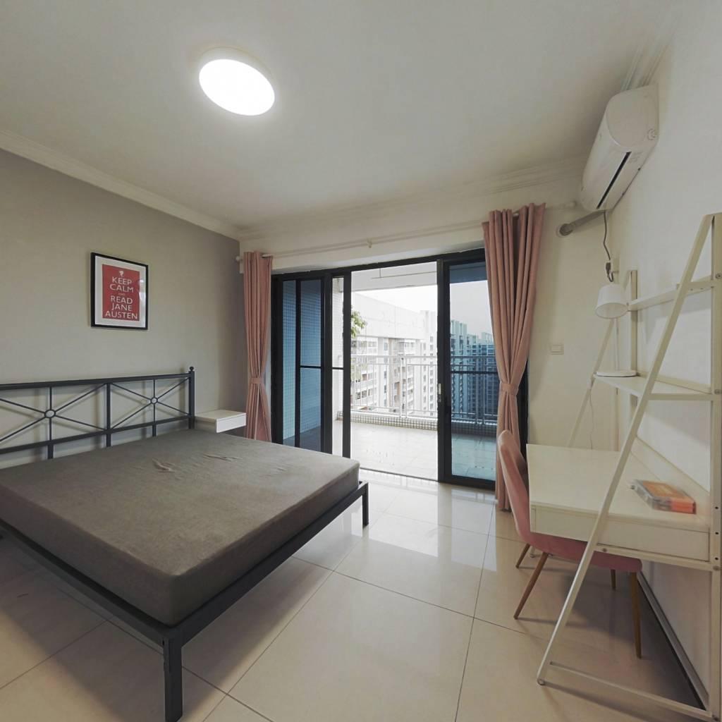 合租·时代玫瑰园 4室1厅 西卧室图