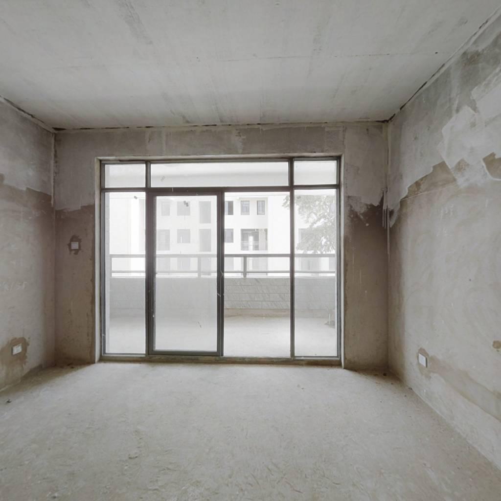 房子在卖房东诚心出售价格可谈视野良好