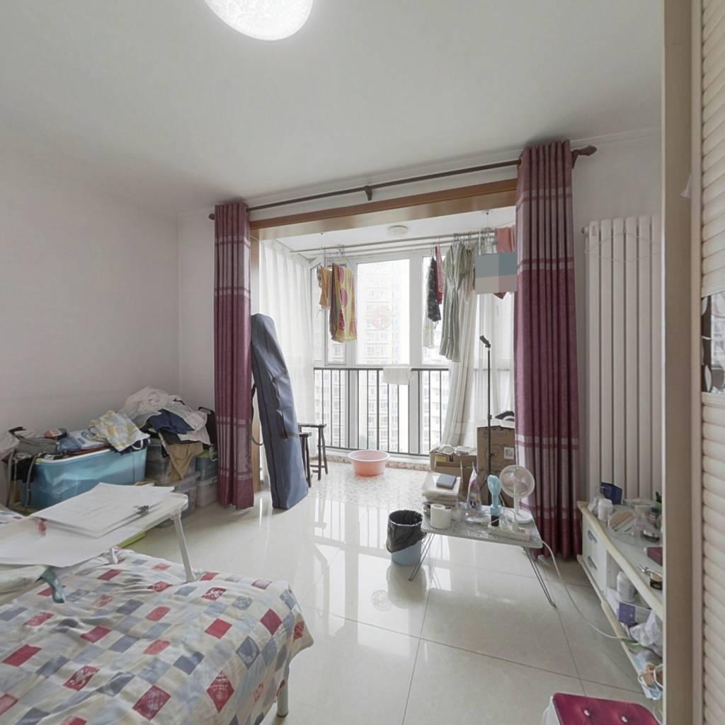 *优质一居室 东南向,中间楼层 看房提前预约!
