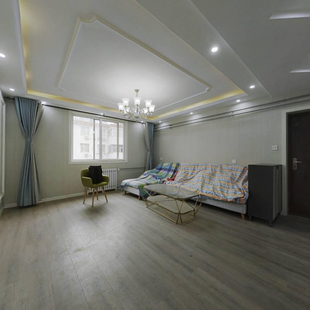 东花坛 黄委会家属院  精装修  户型方正  随时看房