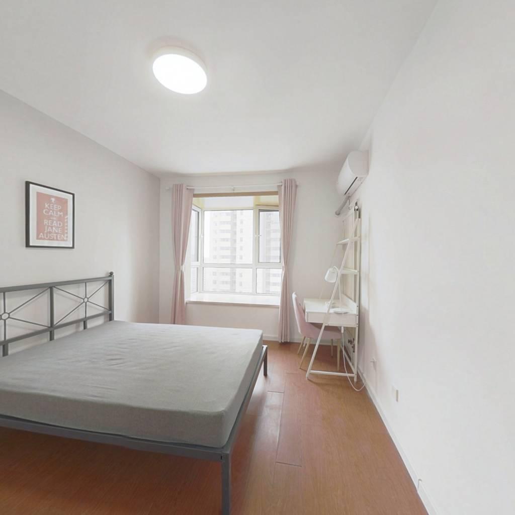 合租·悦和里 3室1厅 北卧室图