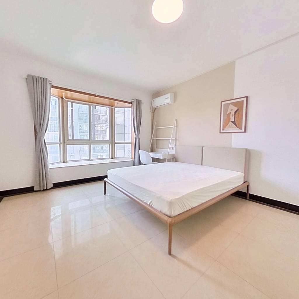合租·东辉花园 4室1厅 南卧室图