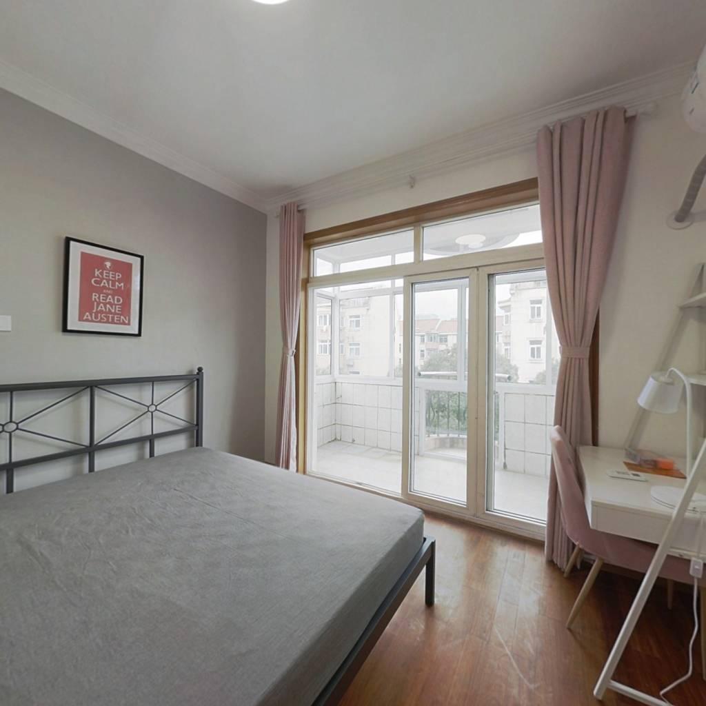 合租·桃林小区 3室1厅 南卧室图