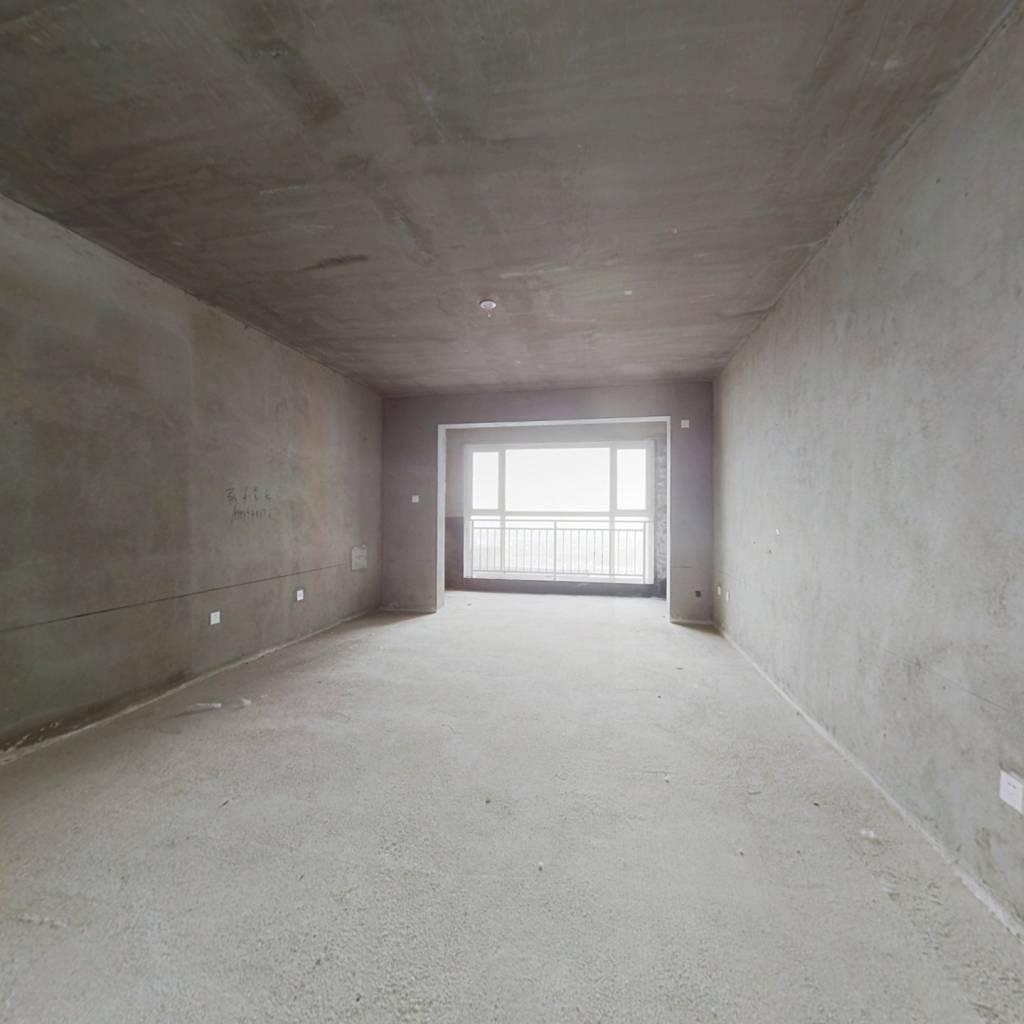 楼层好 视野宽阔 配套设施齐全 采光足 交通便利