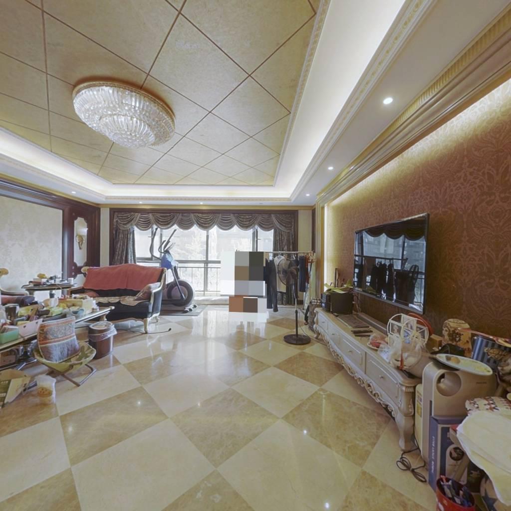 万达公馆,精装,拎包入住,户型通透,个税,诚心卖