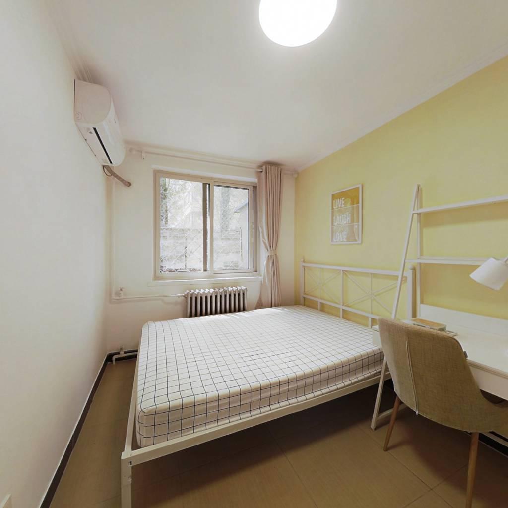 合租·大山子南里 2室1厅 南卧室图