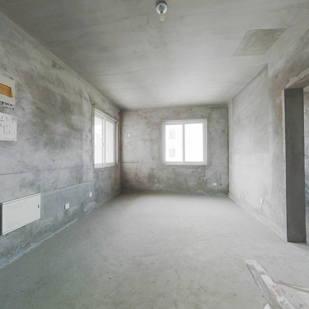 龙泉新苑75平 好地段 交通便利 诚心出售 看房方便。。